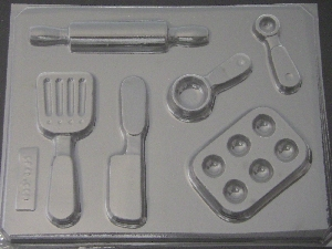 1518 Kitchen Utensils Chocolate Candy Mold